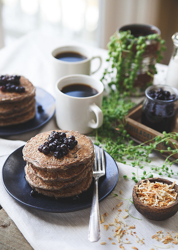 You Will Devour These Coconut and Cinnamon Oat Bran Pancakes