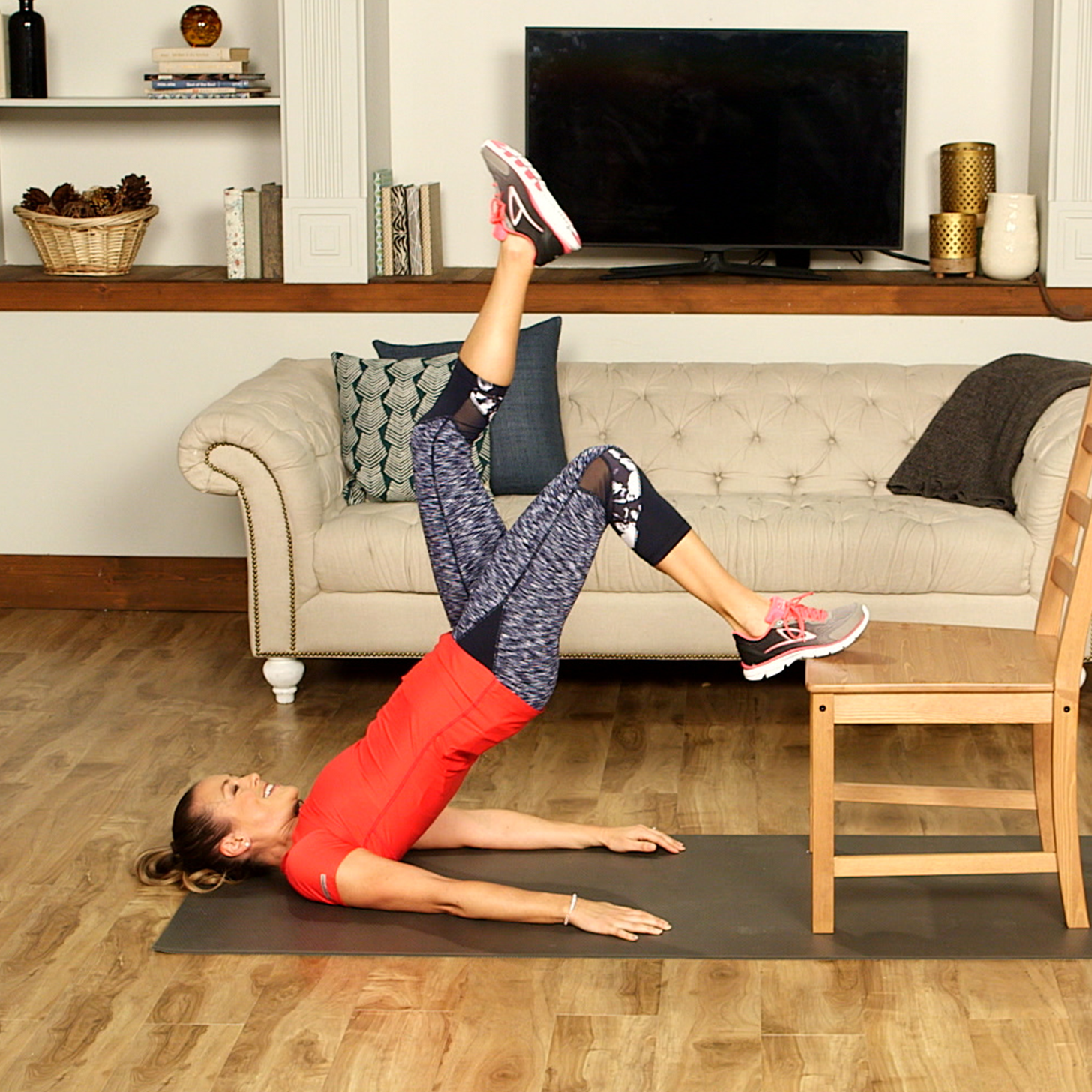 10 Ways to Turn a Chair Into Your Gym