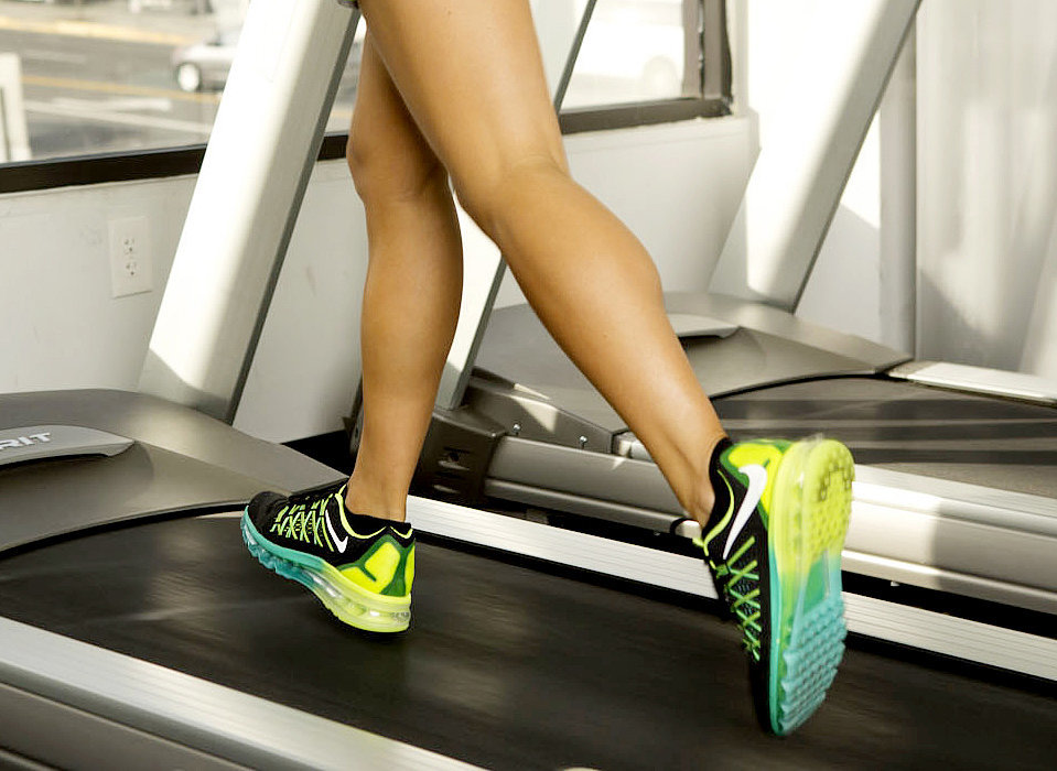 Go Long, Get Fast, Burn Calories: 45-Minute Treadmill Run