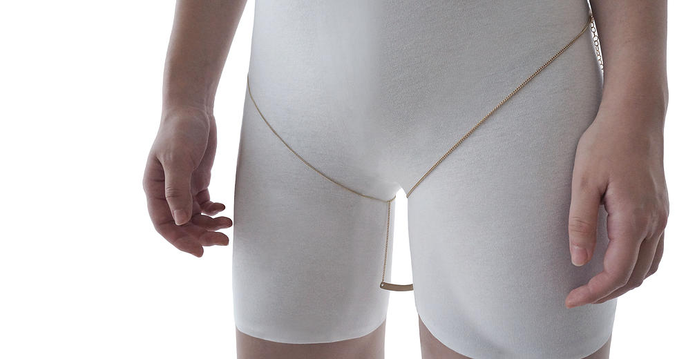 Is Thigh Gap Jewelry the Next Rising Trend? Thankfully, No.