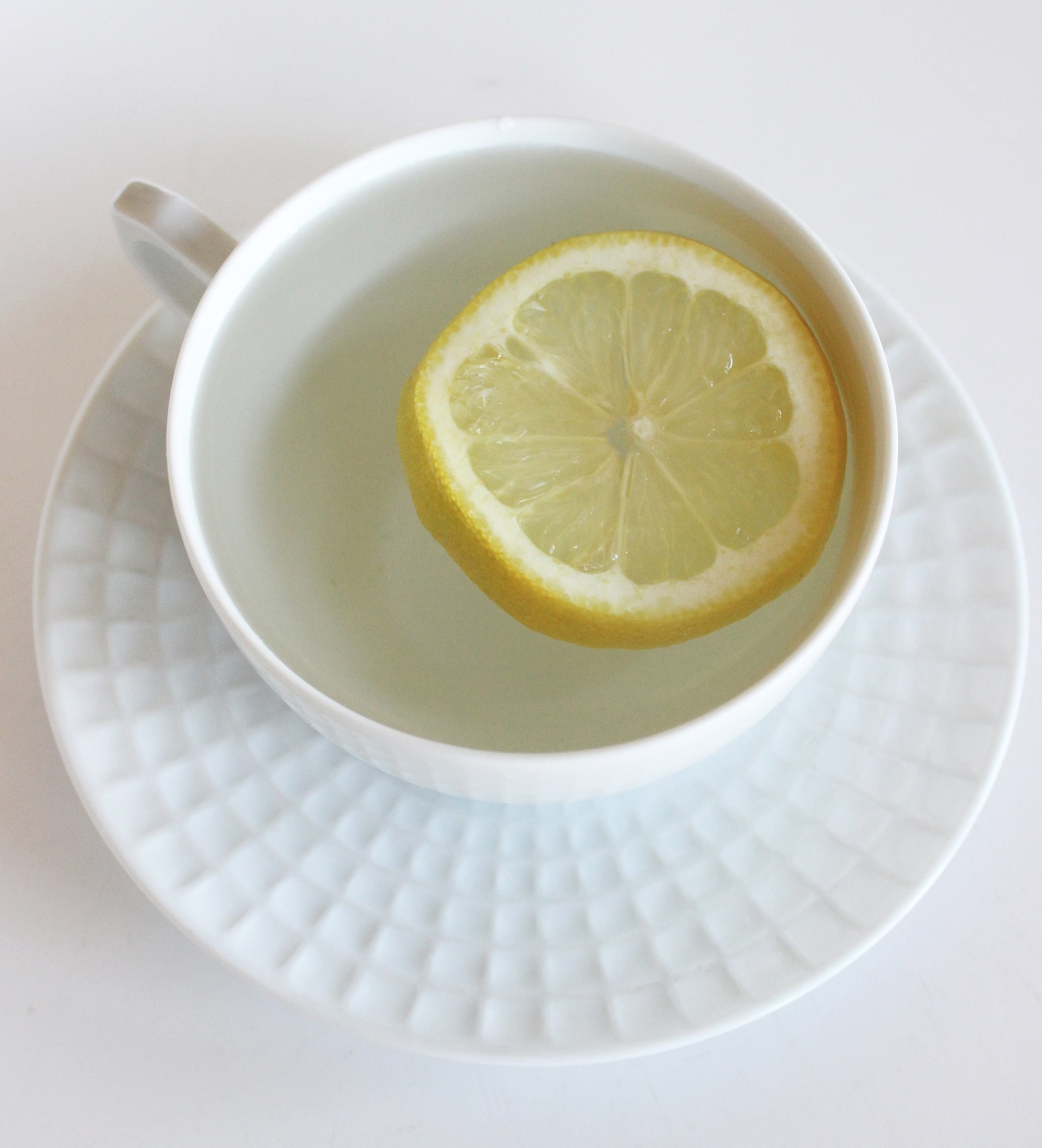 4 Surprising Reasons to Drink Hot Water With Lemon Every Morning