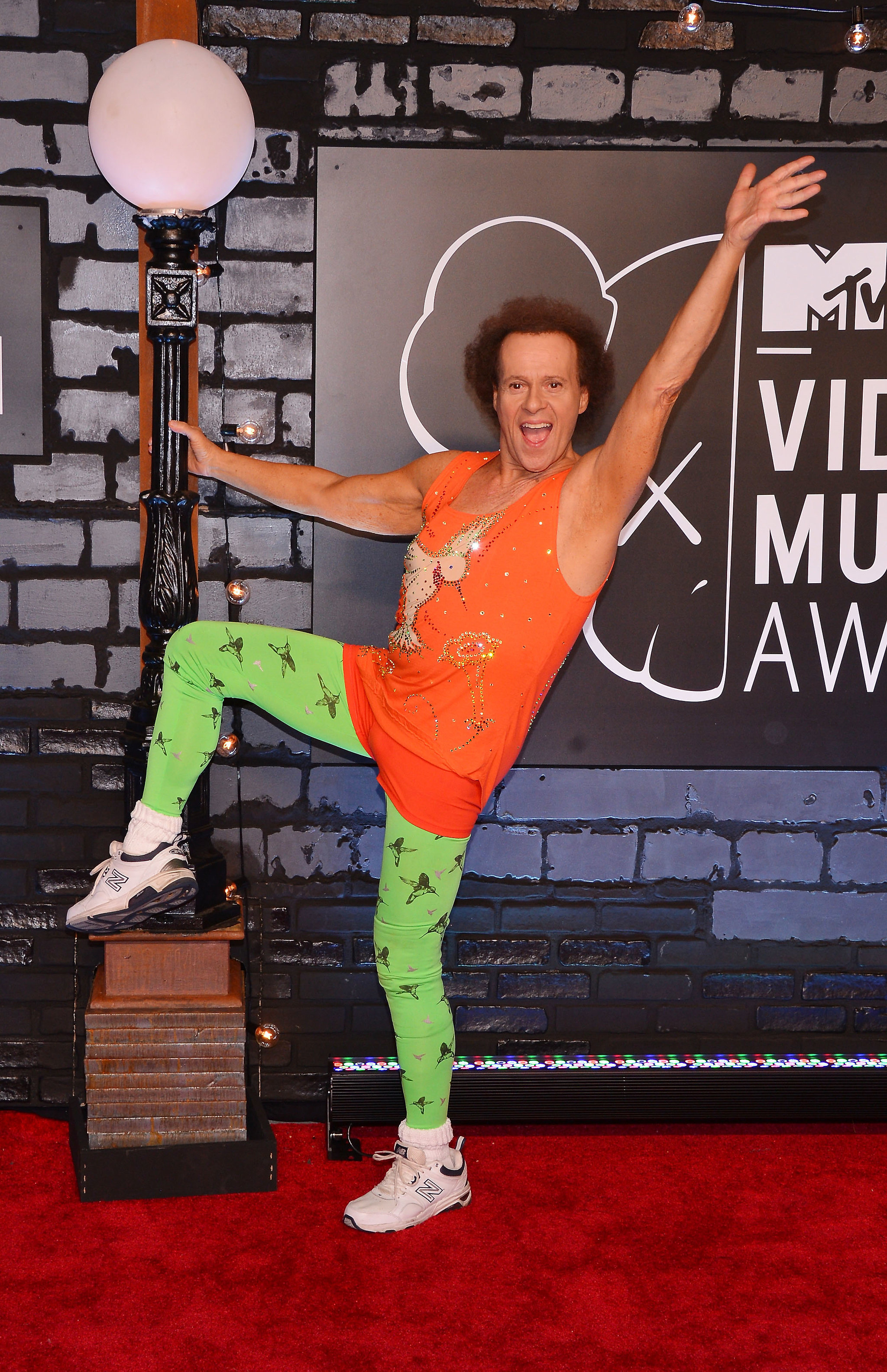 Richard Simmons's Explanation For His 2-Year Disappearance Makes Perfect Sense