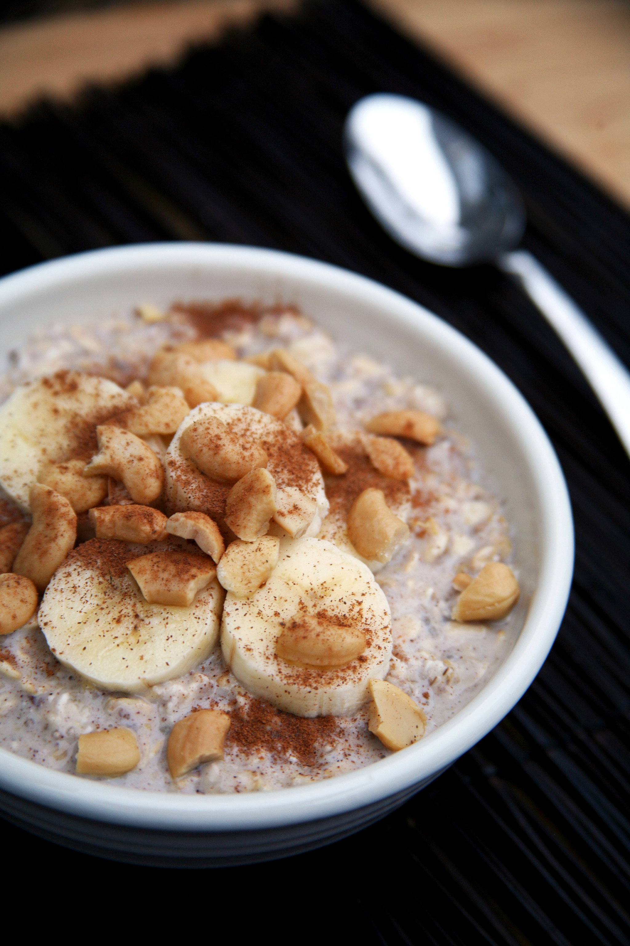 Incredibly Creamy Banana Cashew Overnight Oats